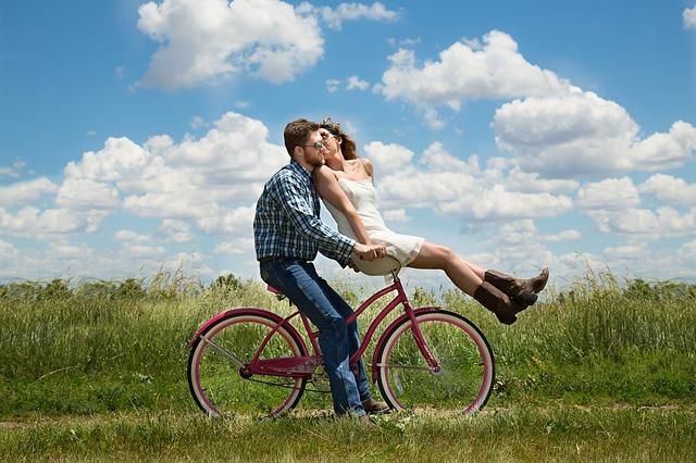 恋愛成就!片思いが叶う待ち受け画像と強力な効果を引き出す方法