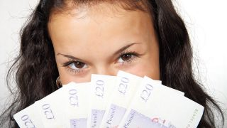 お金が貯まる!お金に困らないし増える強力なおまじないのやり方
