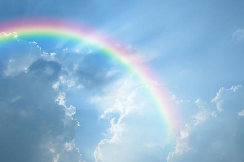 友人との人間関係を良くする虹の画像